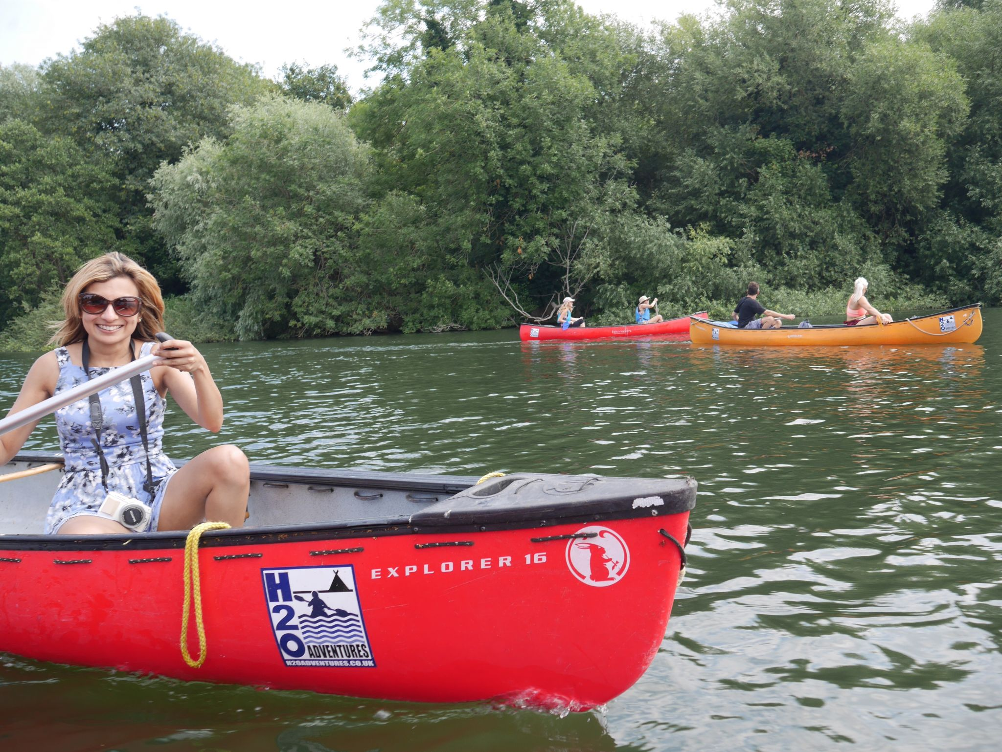 A Canadian Canoe Impulse Adventure on the River Thames with Vespucci Adventures