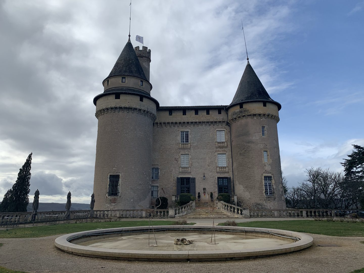 Truffles, Malbec and a 13th Century Château – A Fairytale stay at Château de Mercuès